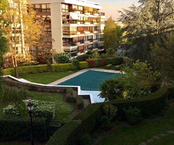 Appartement 65m2 avec loggia secteur Parly 2